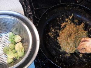 奥多摩産フキノトウでふき味噌を作る